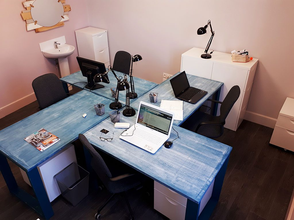 les bureaux partag s et privatifs espace de coworking. Black Bedroom Furniture Sets. Home Design Ideas